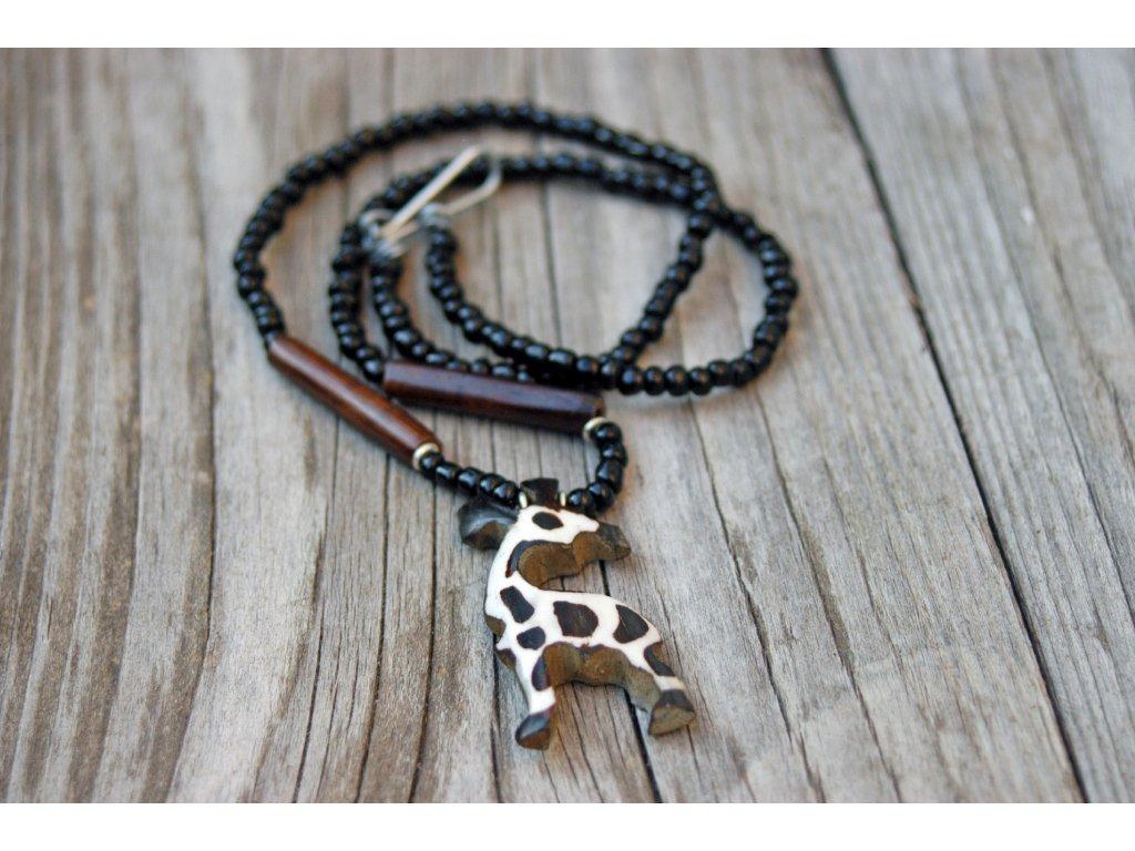 Náhrdelník se žirafou