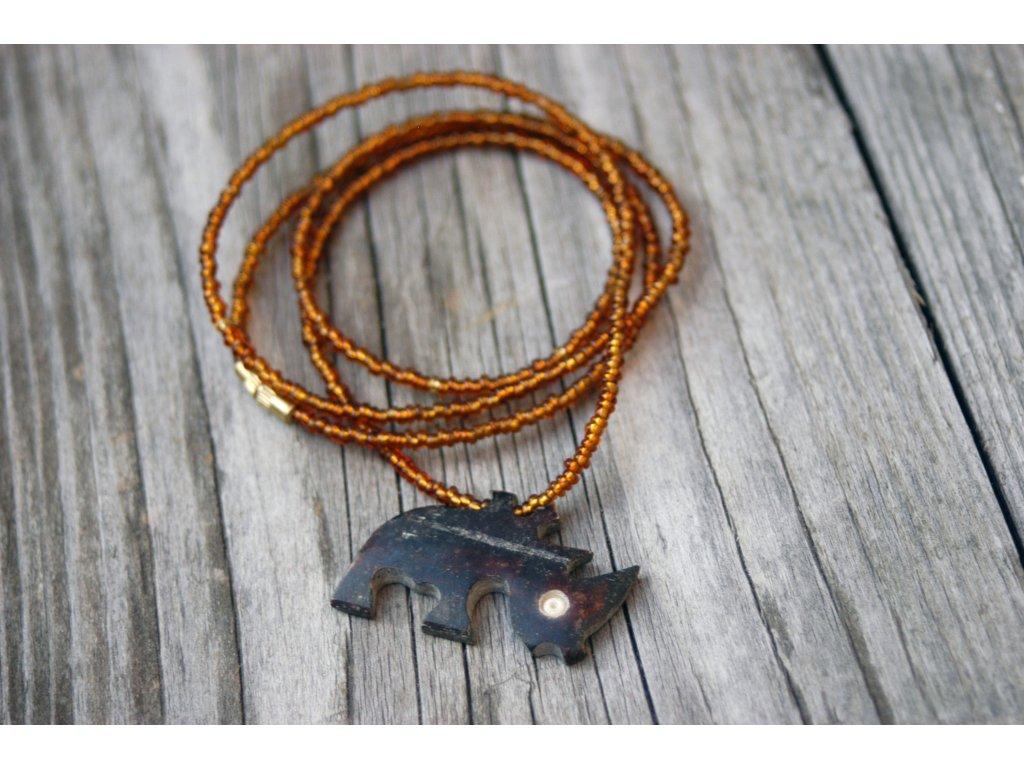Náhrdelník s nosorožcem