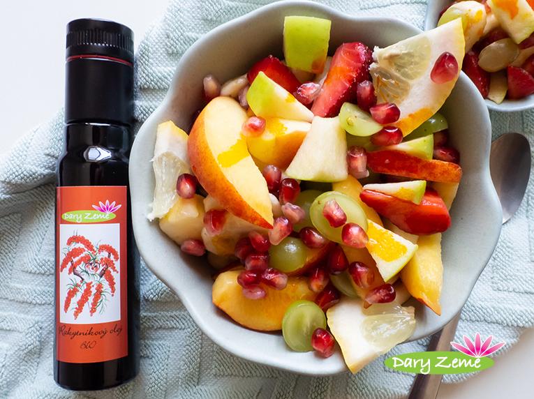Ovocný salát s rakytníkovým olejem