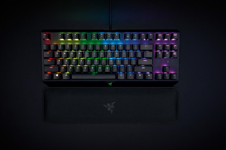 Razer Ergonomic Keyboard Rest velikost: Tenkeyless