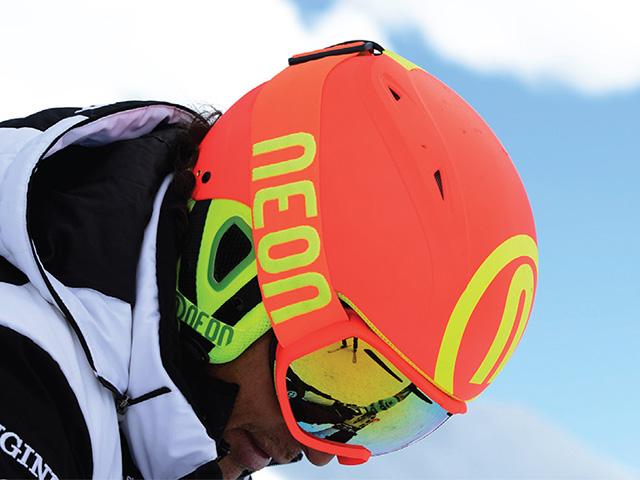 Neon lyžařské & SNB helmy