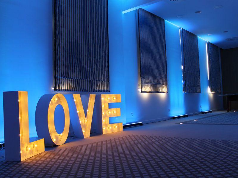 love-sala