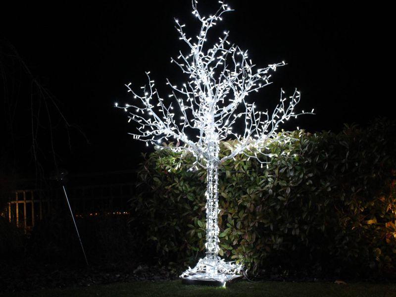 svetelny-strom-3d