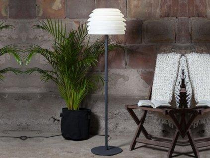 stojanova lampa do vonkajšieho prostredia