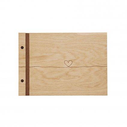 Dřevěné fotoalbum srdce dubu A4