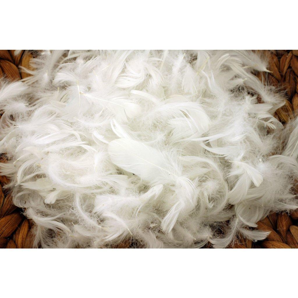 Peří 5g barva bílá