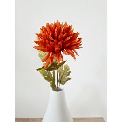 Chryzantéma 1-hlavá, hnědá. Květina umělá.