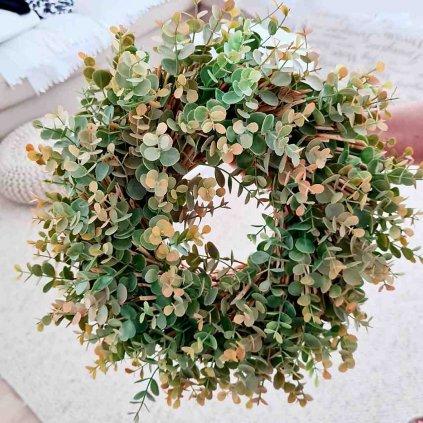 zeleny venec eukalyptus