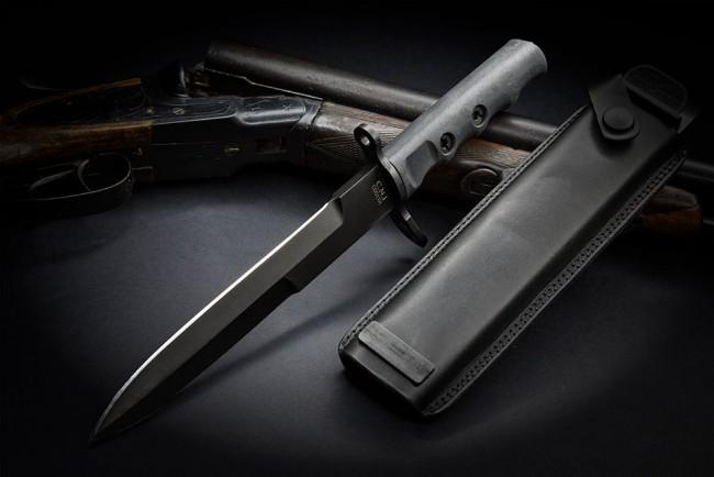 Taktický nůž