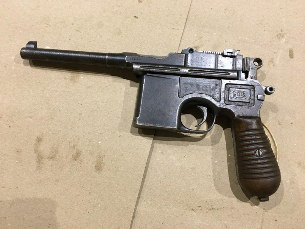 Mauser C96 (3)