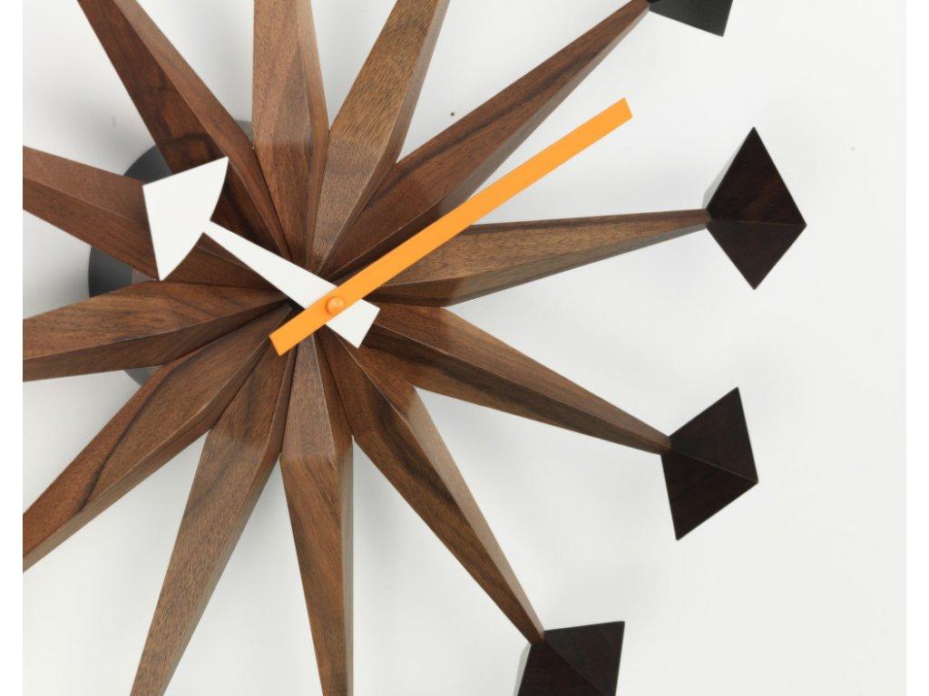 Hodiny Polygon Clock