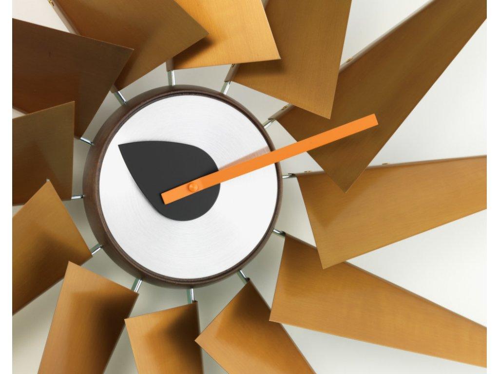 Hodiny Turbine Clock