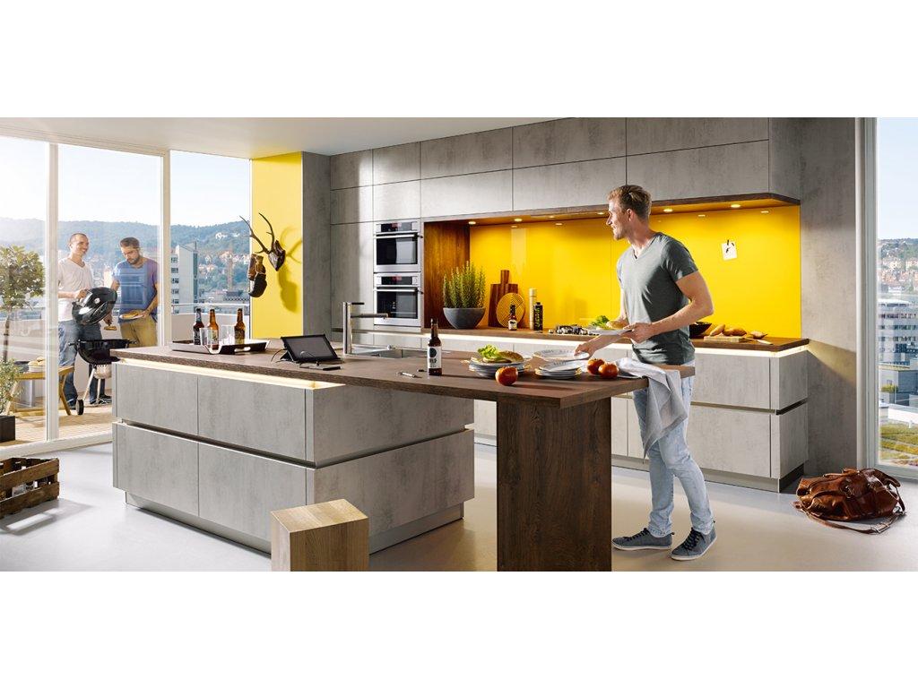 Světlá kuchyně Elba