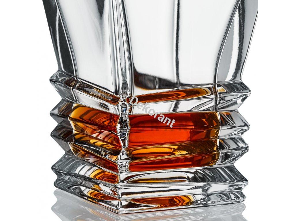 Bohemia Jihlava karafa na whisky Rocky 850 ML