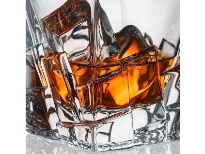 crack karafa na whisky oriznuta upravena