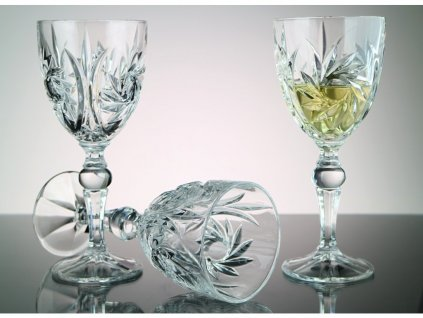Pinwheel sklenice vino