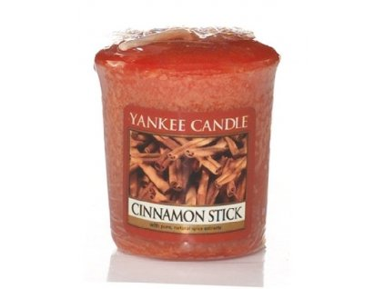Yankee candle - Vonná svíčka votivní Yankee candle - Vonná svíčka votivní CINNAMON STICK