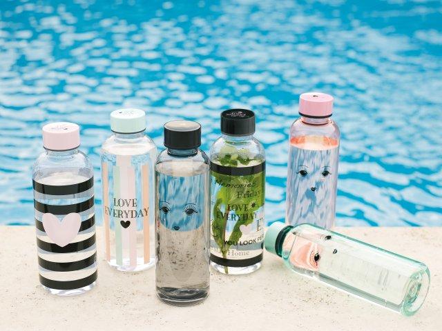 Sklenená alebo plastová fľaša?