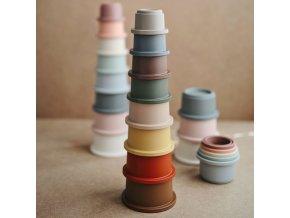 Mushie skladacia veža  (Barva Retro)