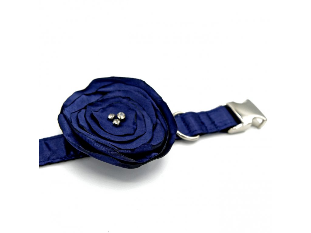 Svatebni obojek s kvetinou pro psa psi krasny svatecni s kaminky tmave modry navy demeven