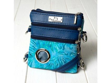 kabelky vencici demeven modra ceska kabelka pro psi vycvikova batika dog walk hand bag
