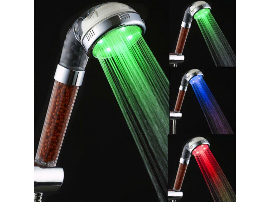 Barevna-svitici-LED-sprcha-s-kaminky-na-Deminas