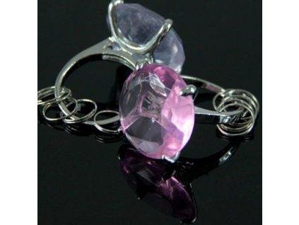 Privesek-diamant---ruzovy-na-Deminas