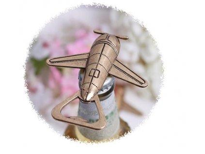 Retro-otvirak-letadlo-na-Deminas