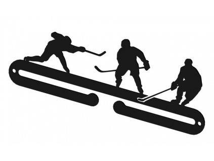 Vesak-na-medaile-pro-hokejisty-na-Deminas