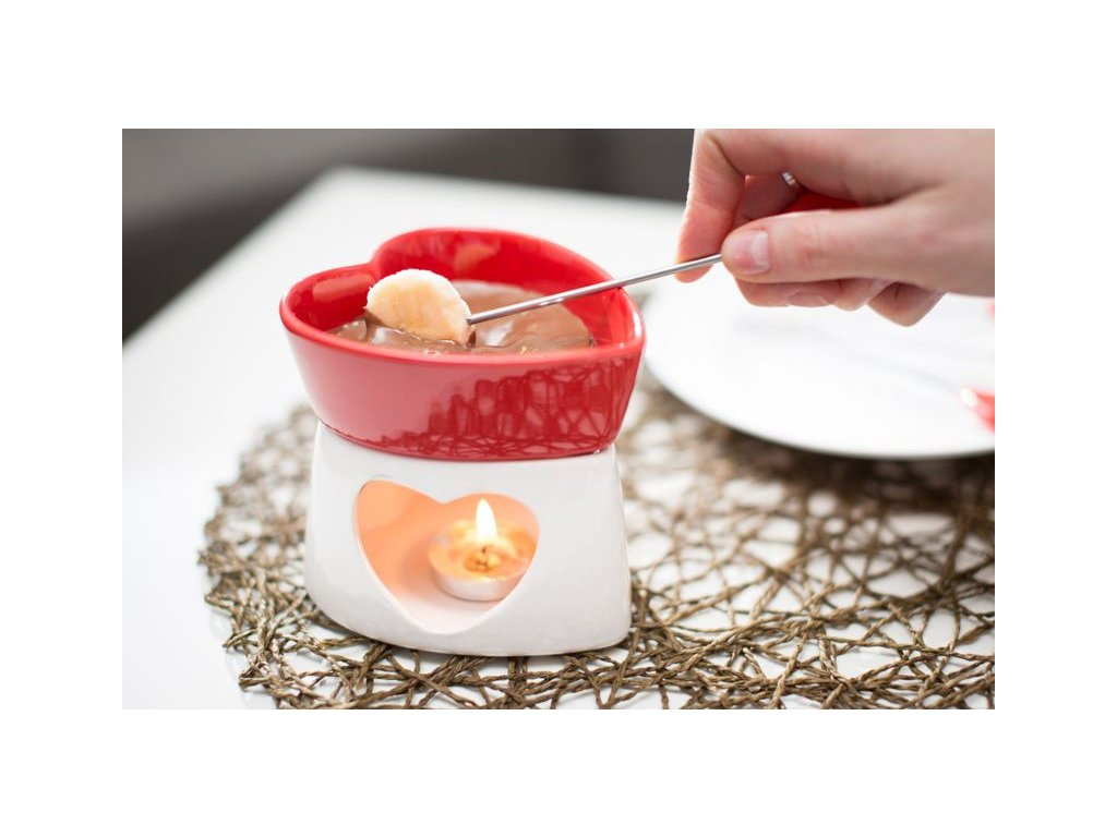 Romanticke-fondue-na-Deminas
