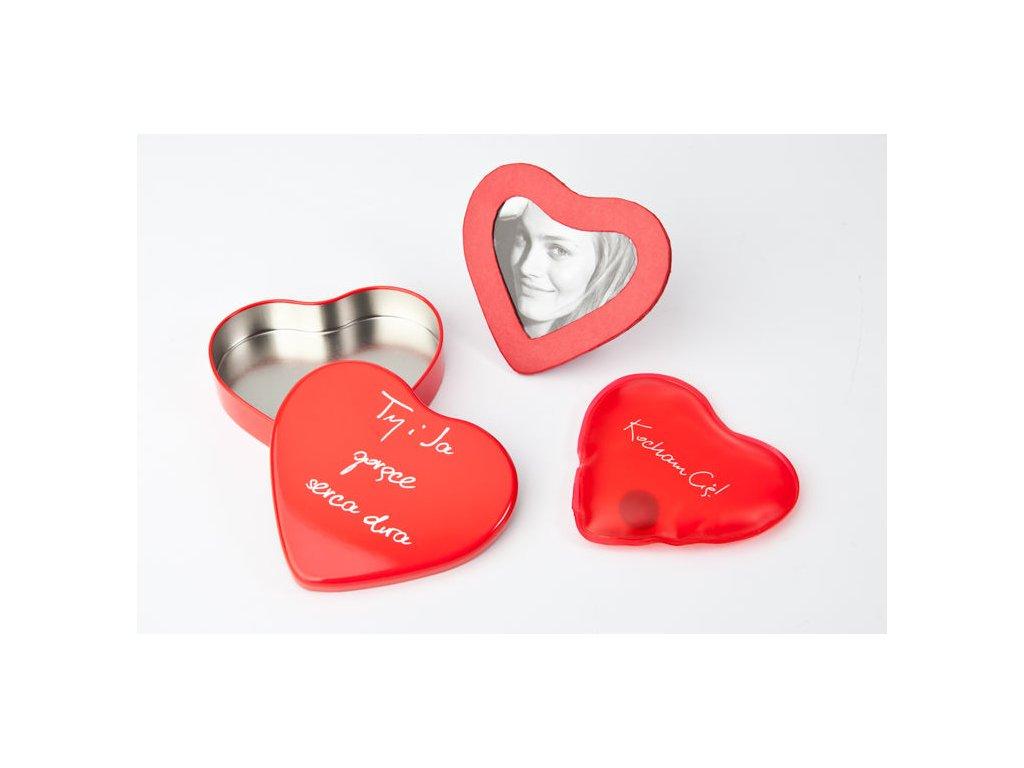 Hrejivý-srdce-s-fotorámčeky-na-Deminas