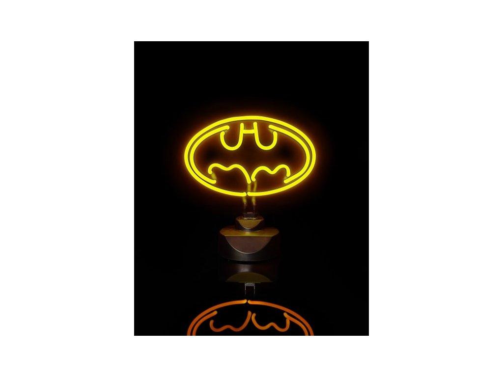 Velke-Neónové-svetlo --- Batman-na-Deminas
