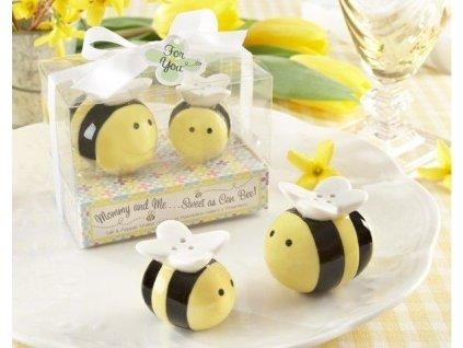 Slanka-a-koreničky-včielka-na-Deminas