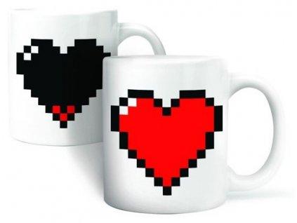 Pixelové-hrnček-srdce-na-Deminas