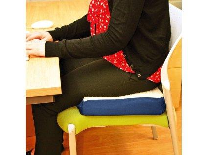 zdravotny podsedak na stolicku