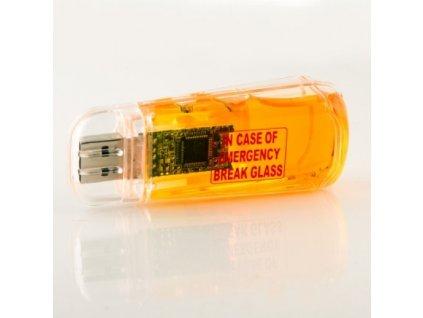 USB-flash-disk-Prvni-pivni-pomoc-na-Deminas