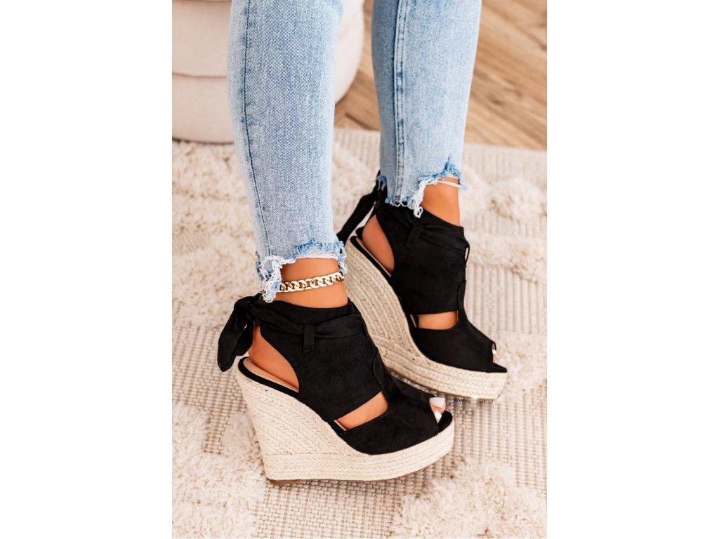 Dámské sandály na platformě QUEEN