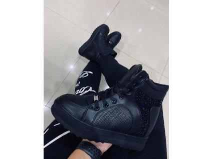 Dámská zimní obuv s kožíškem černá