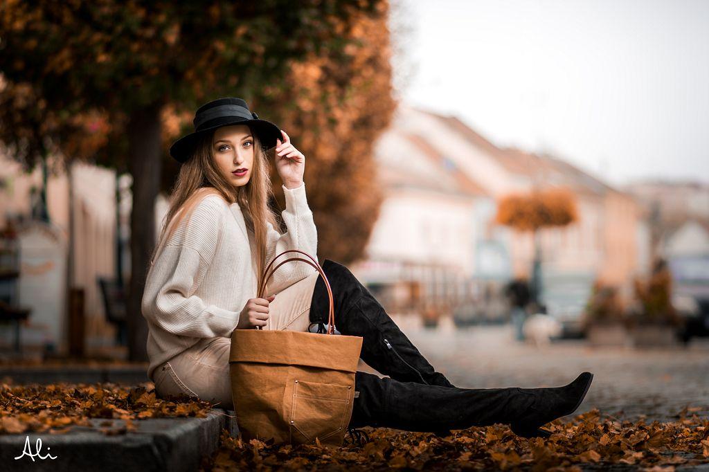 Dívka na podzim