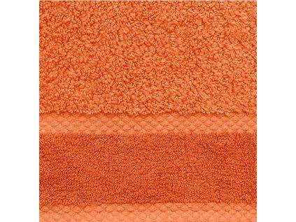soft oranžový