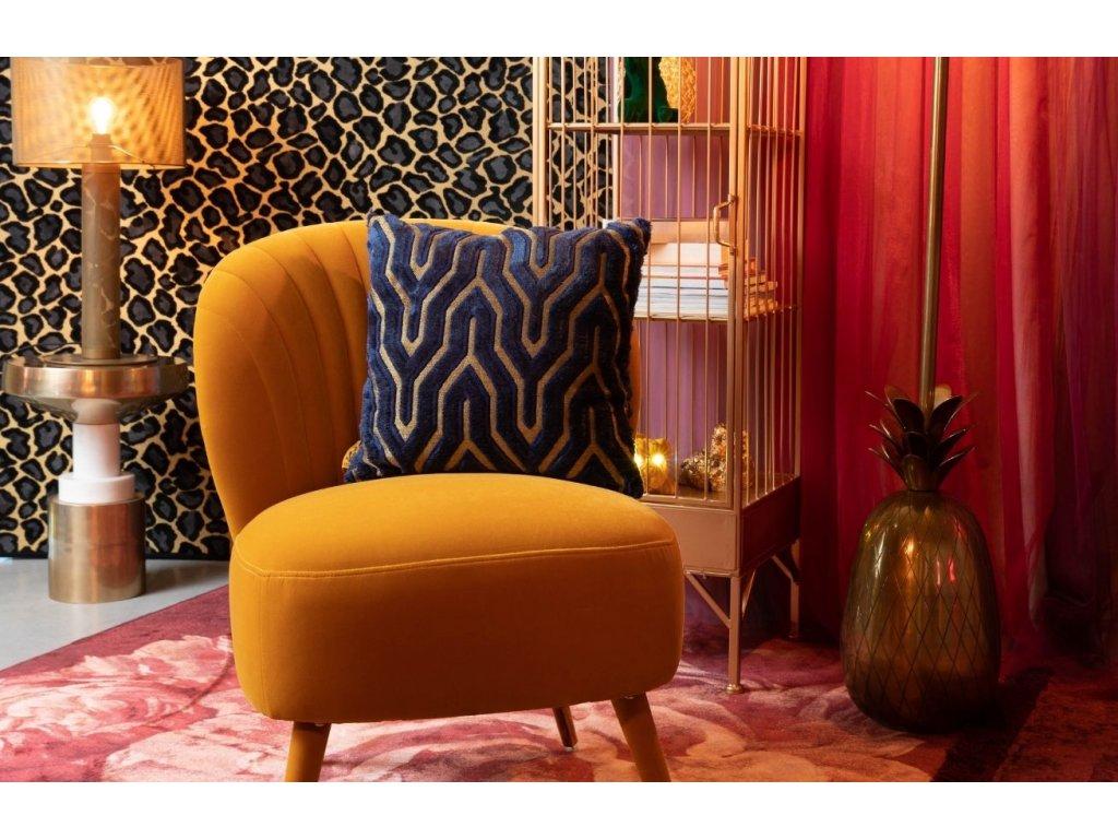 Tkaný koberec s motivem růží a třásněmi Bold Monkey Stitchy Roses 200x300 cm, růžová tmavě červená barva