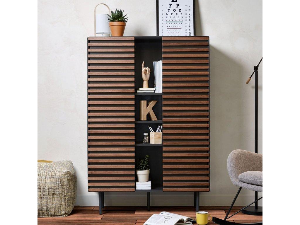 Grafitově černá dřevěná skříň LaForma Mahon 105x155 cm s kovovou podnoží