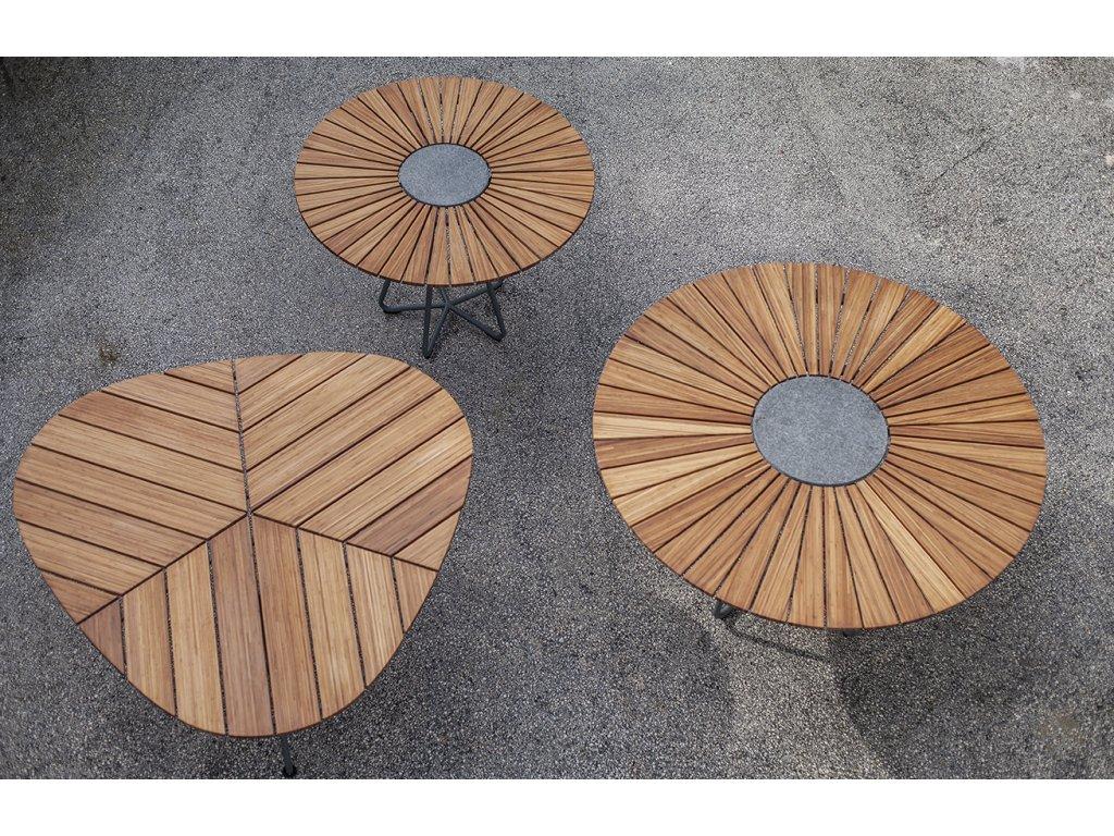 Přírodní bambusový zahradní jídelní stůl HOUE Circle 110 cm s kovovou podnoží