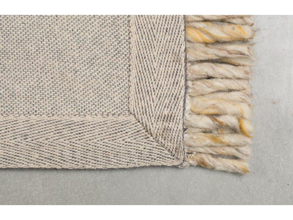 Béžový koberec ZUIVER FRILLS