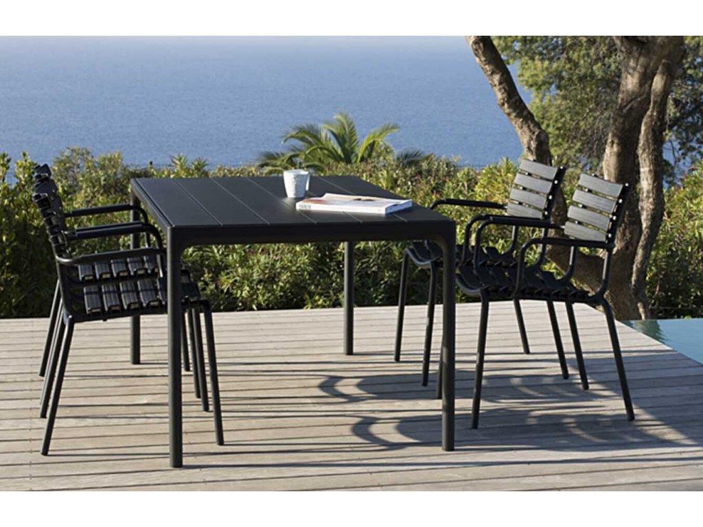 Černý hranatý bambusový zahradní jídelní stůl HOUE Four 160 x 90 cm