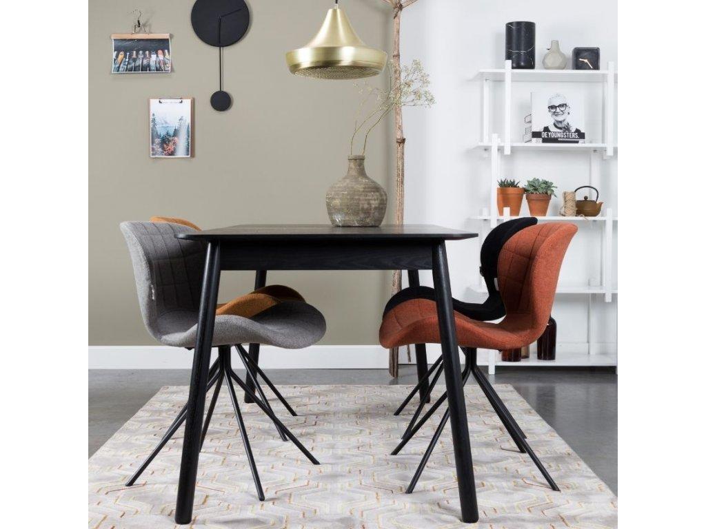 Látková jídelní židle Zuiver OMG ve světle šedé barvě, černá ocelová podnož