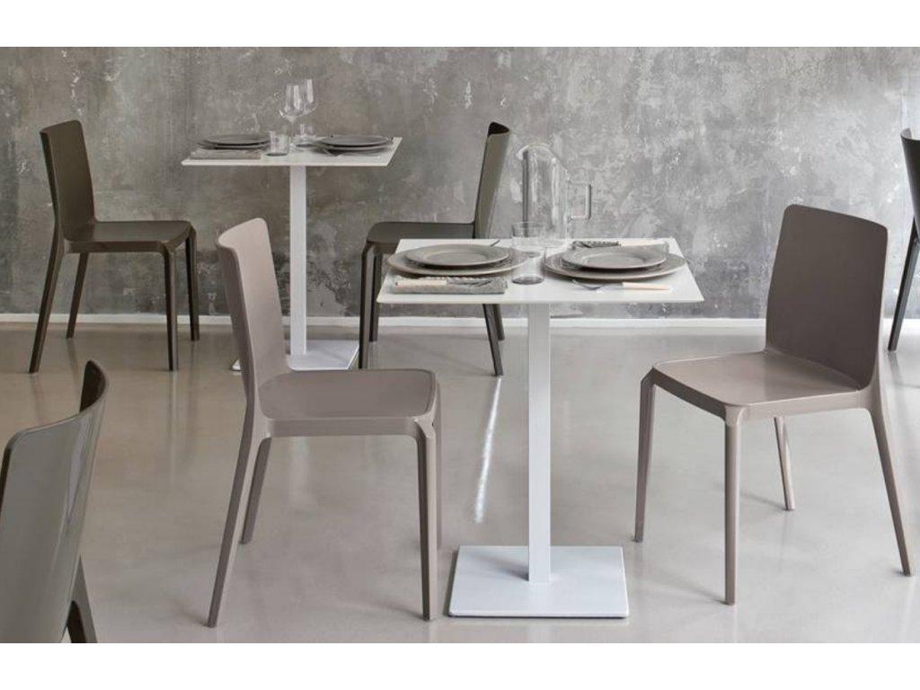 Béžová plastová židle Blitz 640