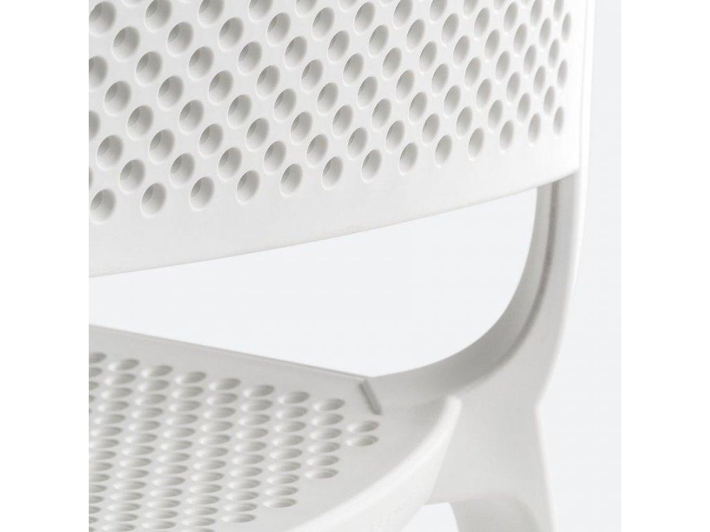 Bílá plastová zahradní židle Dome 261