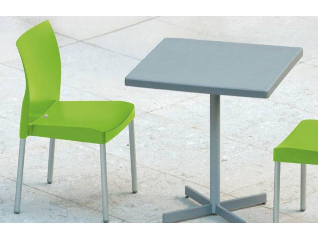 Černá plastová jídelní židle Ice 800