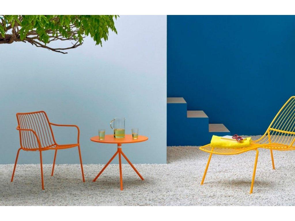 Bílá kovová židle Nolita 3656 s područkami